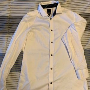 H&M Slim Fit Mens Dress Shirt.